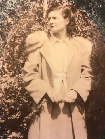 Mary Jon Hegler Clyburn